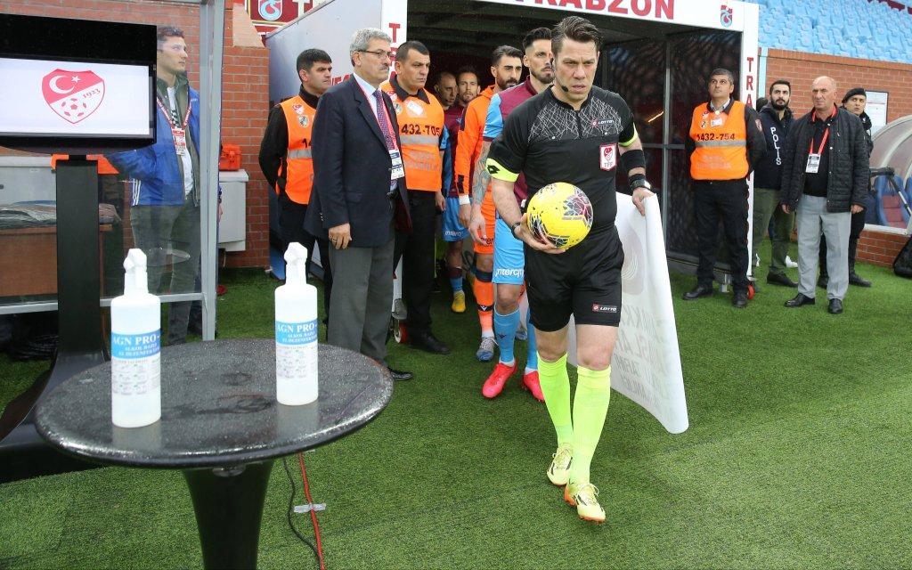 Mit Desinfektionsmittel gegen Corona schon Anfang März: Trabzonspor und Co.