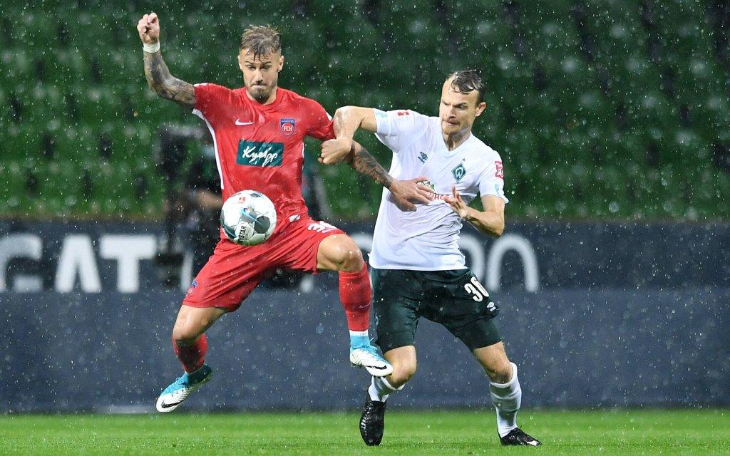Werder Bremen - 1. FC Heidenheim Fußball, Relegation, Werder Bremen - 1. FC Heidenheim: v.l. Niklas Dorsch, Christian Gross Bremen