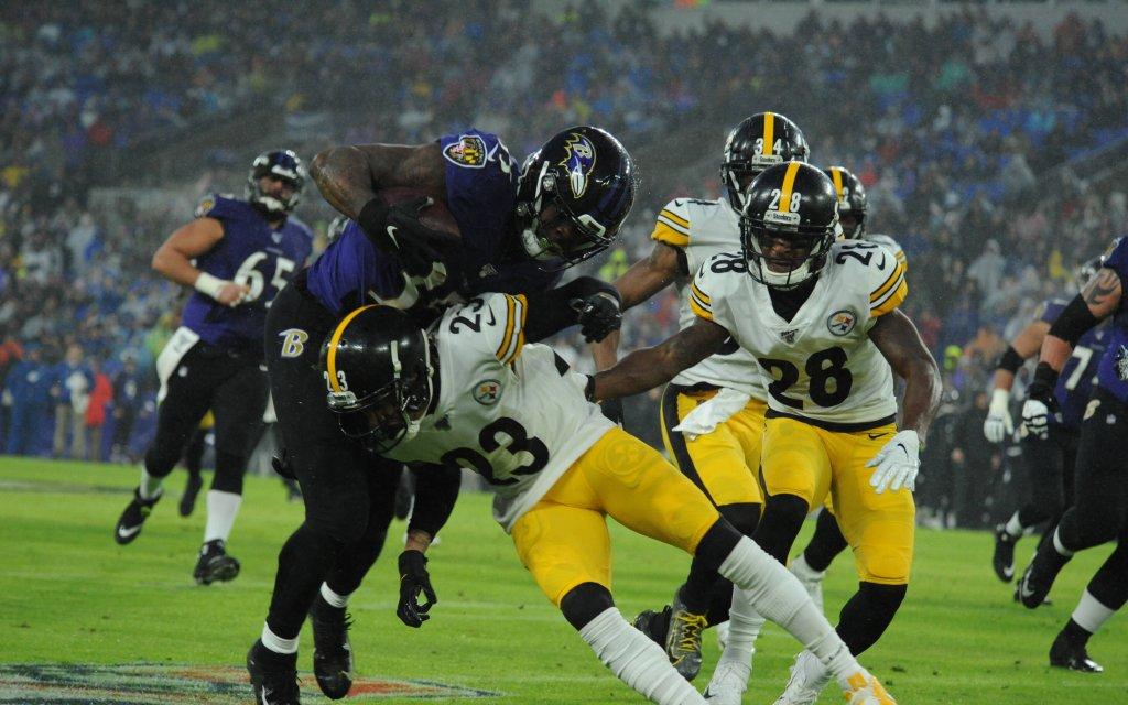 Beim Duell Ravens gegen Steelers geht's immer hart zur Sache