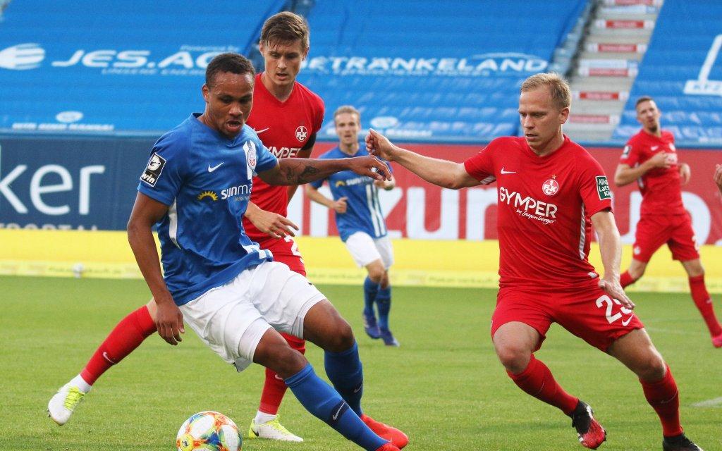 Rostock Deutschland 23.06.2020 Fussball 3.Liga FC Hansa Rostock - 1.FC Kaiserslautern v.li: Nicolas NARDEY HRO, Carlo SICKINGER und Alexander NANDZIK