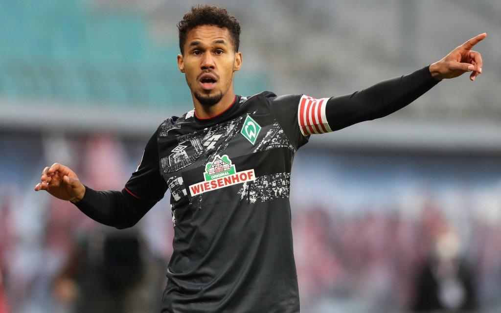 Theodor Gebre Selassie Werder Bremen - 1 Fussball Bundesliga Saison 2020-2021 Punktspiel RB Leipzig vs. SV Werder Bremen in der Red Bull Arena in Leipzig.