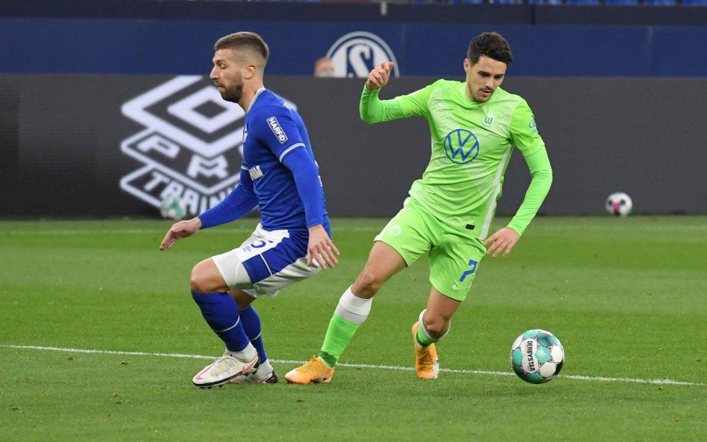 1. BUNDESLIGA FC SCHALKE 04 - VFL WOLFSBURG Matija Nastasic FC Schalke 04, Josip Brekalo VfL Wolfsburg, v.li.