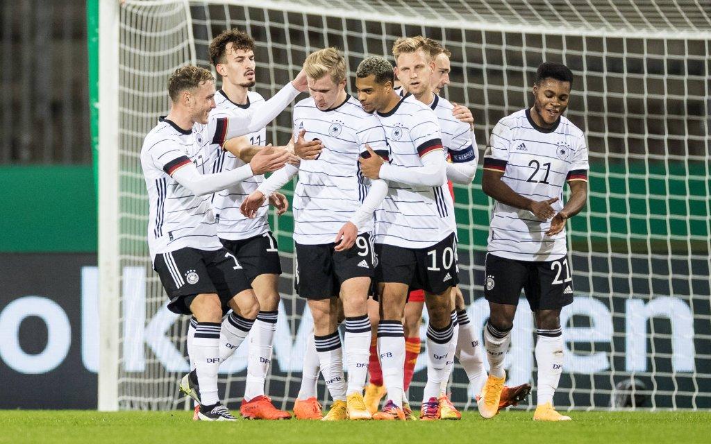U21, U 21 EM-Qualifikationsspiel: Deutschland - Wales 17.11.2020 Jonathan Burkardt Deutschland, 9 trifft zum 2:0 - Jubel bei Deutschland U21 EM-Qualifikationsspiel: Deutschland - Wales Eintracht-Stadion Braunschweig