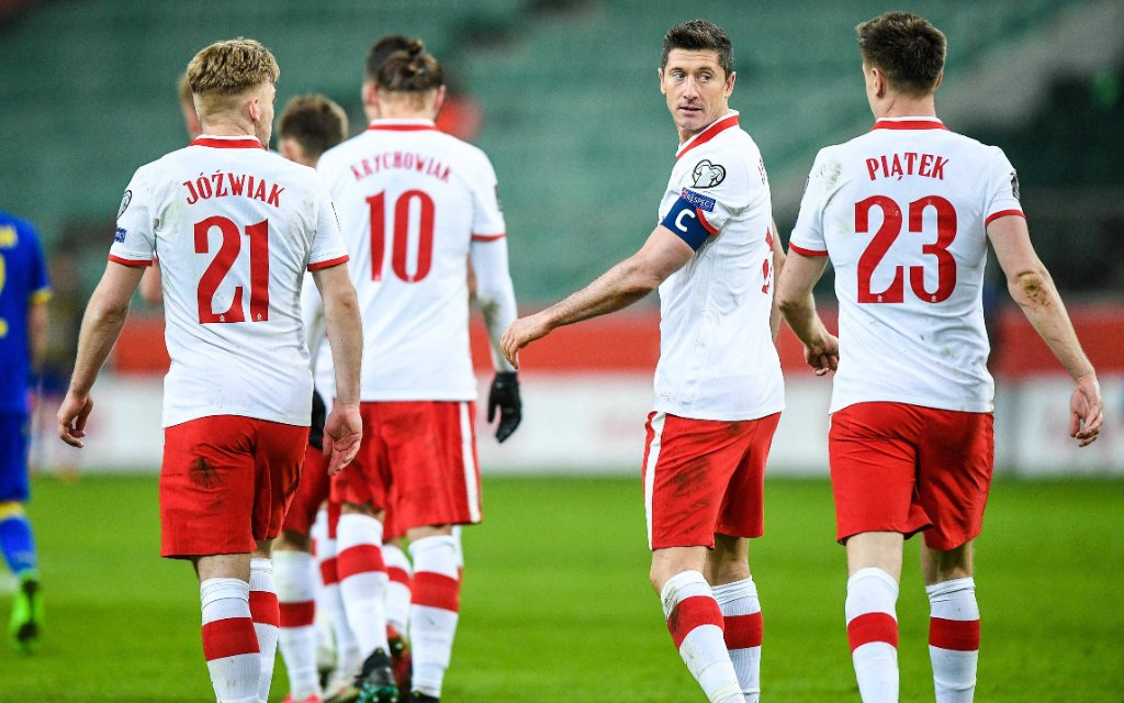 Robert Lewandowski und Teamkollegen beim WM-Qualifikationsspiel von Polen gegen Andorra.