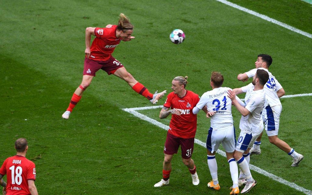1. FC Köln - FC Schalke 04 Fußball 1. Bundesliga 34. Spieltag 1. FC Köln - FC Schalke 04 am 22.05.2021 im RheinEnergieStadion in Köln Tor zum 1:0 durch Sebastian Bornauw Köln