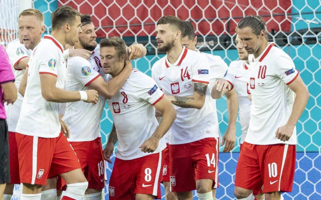 Spanien - Polen: Duell der Fehlstarter