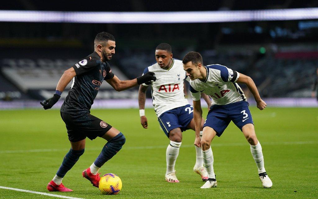 Kann Man City mit Mahrez (l.) endlich in Tottenham siegen?