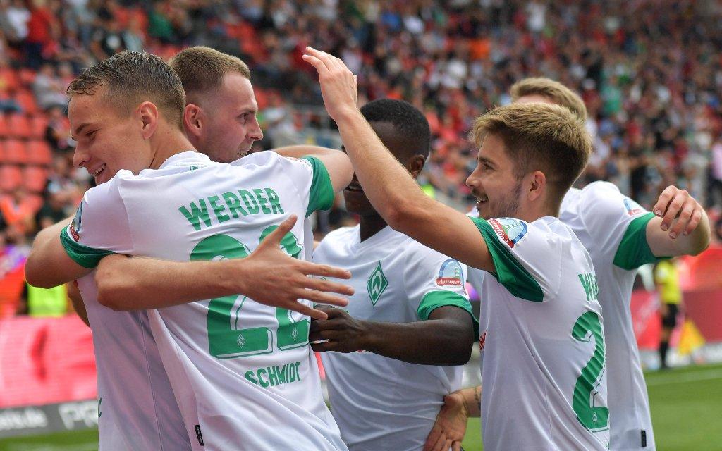 Werder - HSV: Wer siegt im Nordderby?