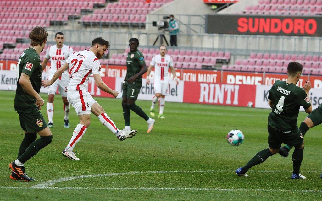 1.FC Köln vs. VFB Stuttgart 1.FC Köln vs. VFB Stuttgart, 22. Spieltag, 20.02.2021, 15.30 Uhr, Schuss an die Latte: Salih Özcan 1.FC Köln
